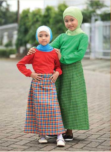 Foto Desain Busana Muslim Anak Perempuan Terkini