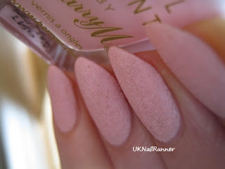 BarryM-Textured-Nail-Effect-Kingsland-Road