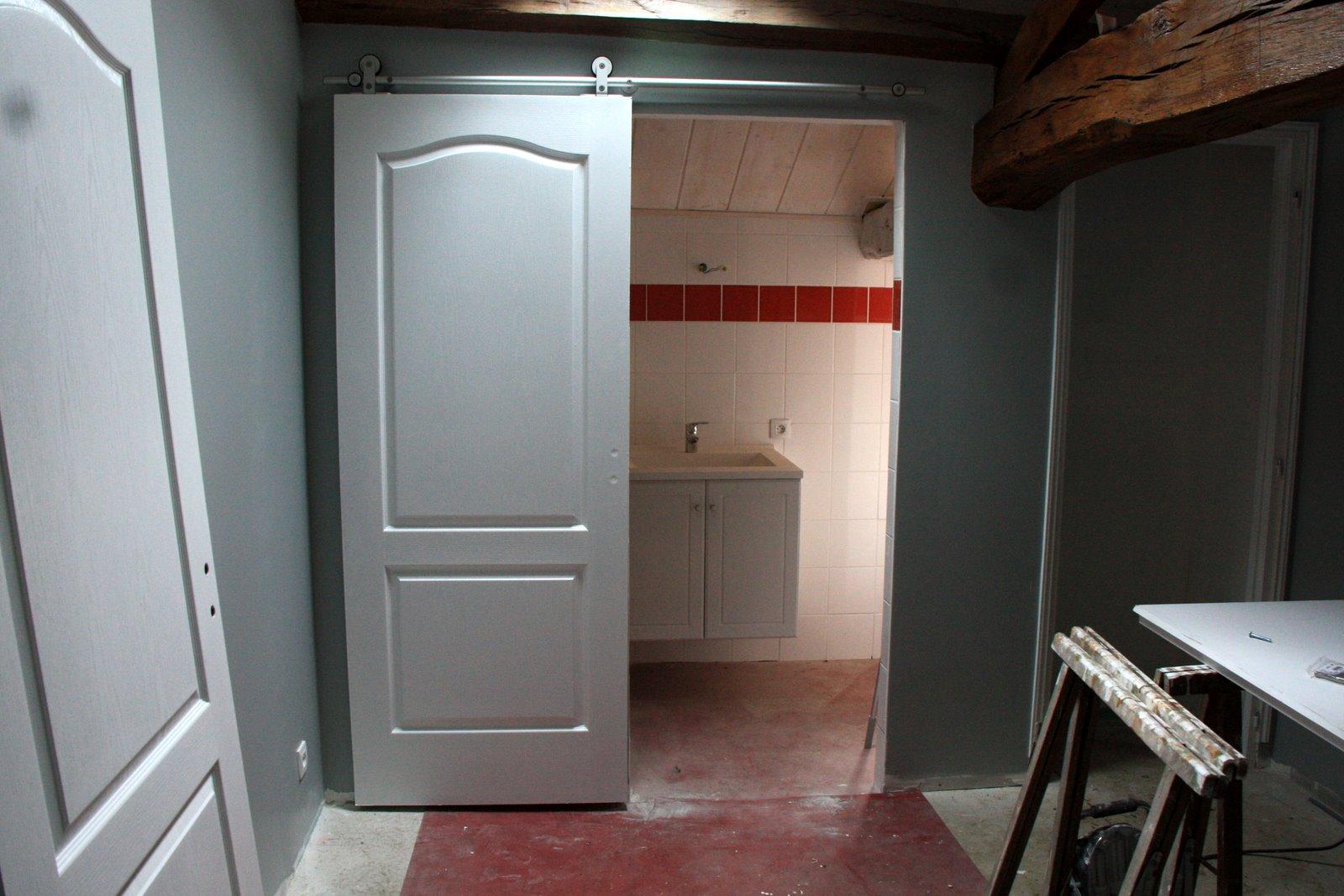 Deco porte placard chambre d coration de maison for Decoration porte placard chambre