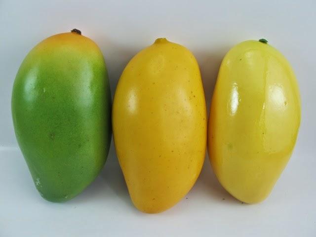 Gambar Buah Mangga kuning Segar