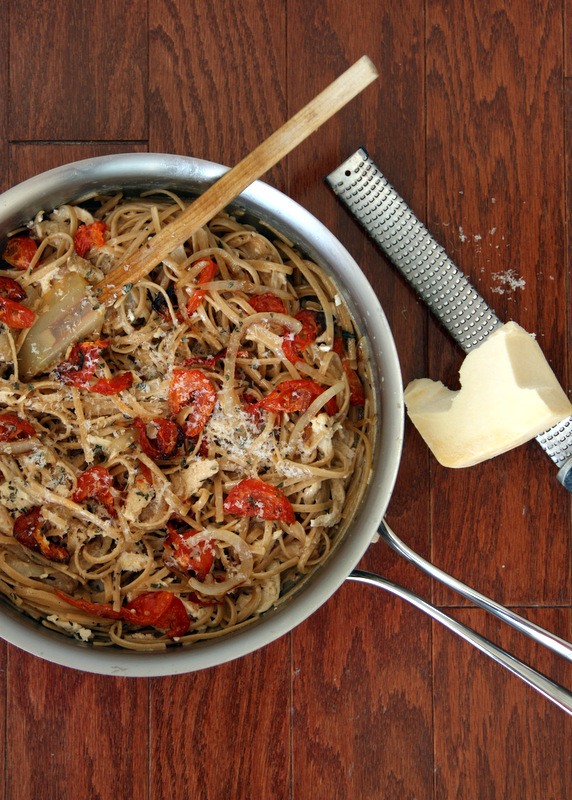 Roasted Tomato and Caramelized Onion Linguine - a perfect weeknight pasta dish