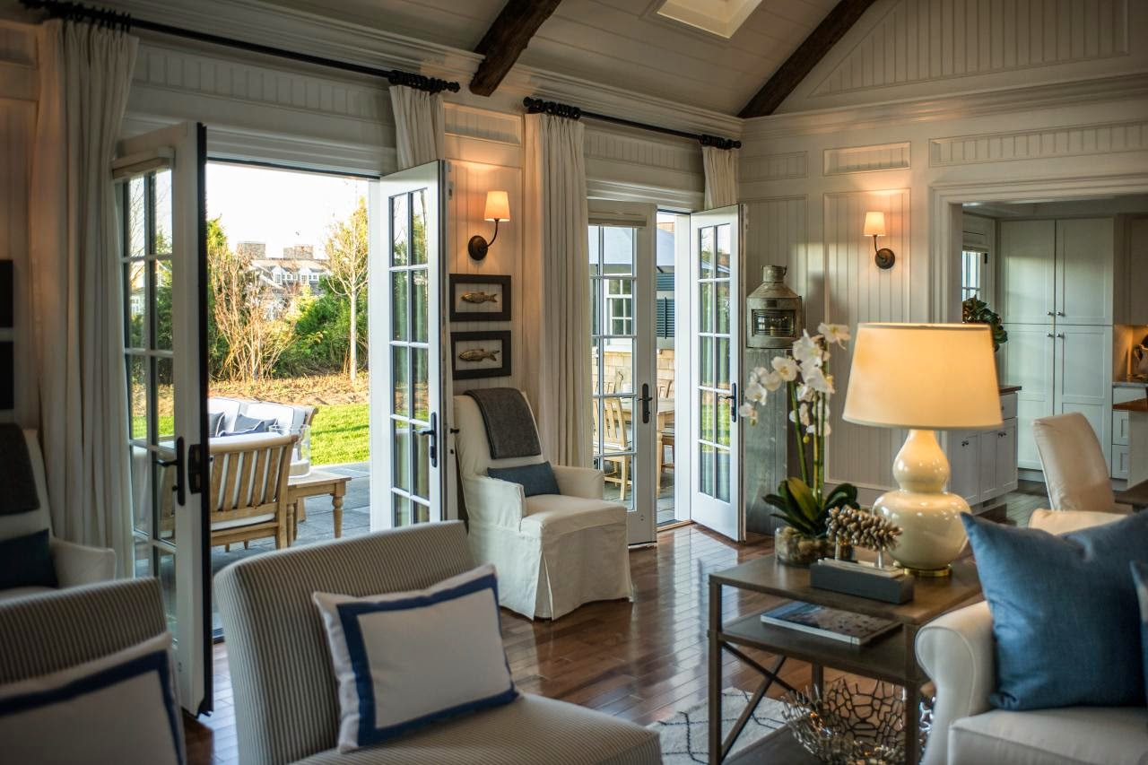 French Doors Open : Th and white hgtv dream home