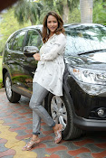Lakshmi Manchu latest photo shoot gallery-thumbnail-2