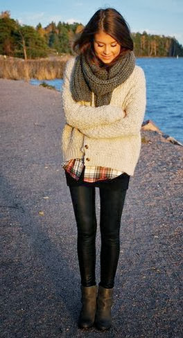 Chunky scarf and sweater with a plaid shirt