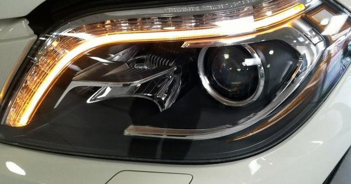 Mercedes benz of white plains bi xenon headlamps with for Mercedes benz of white plains