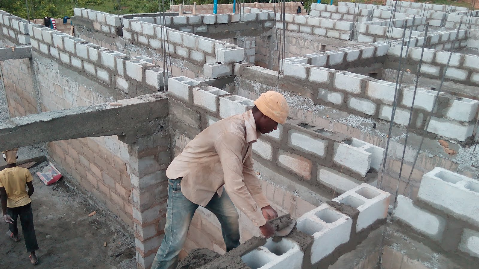 Concurrent contractors