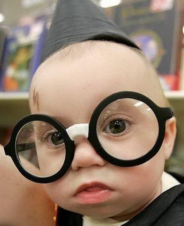 Funny scraps orkut funny baby faces big specs