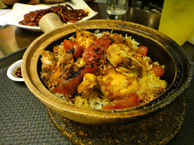 Chinese Sausage and Chicken Claypot at Malaysian Food Street Sentosa