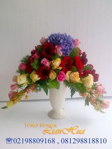 bunga meja ucapan selamat