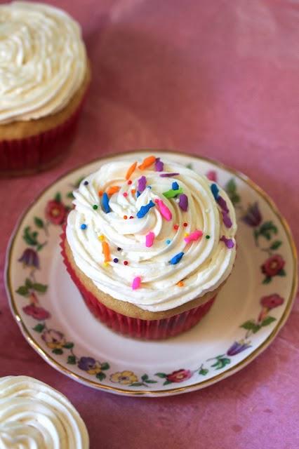 Vanilla Vegan Cupcakes,  Cupcakes, Vanilla