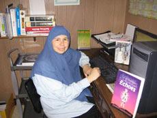 Jamilah Kolocotronis Berusaha Murtadkan Muslim,Tapi Berujung Ia Menjadi Muslimah