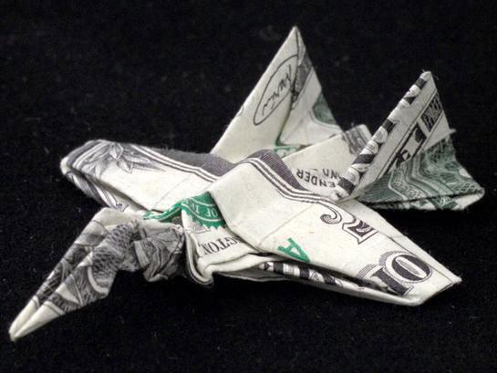 Amazing Origami Using Only Dollar Bills aeroplane