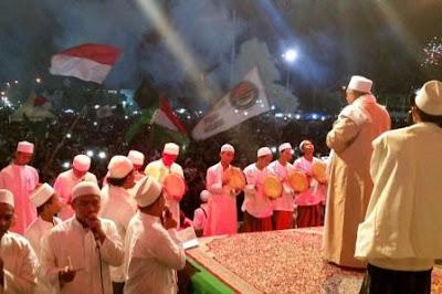 Rayakan Tahun Baru, Polres Tegal Kota Bersama Walikota Gelar Tablig Akbar