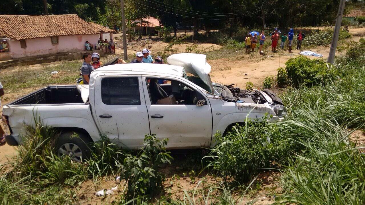 Acidente de carro com placas de Varjota em Guaraciaba; vítima seria da serra.