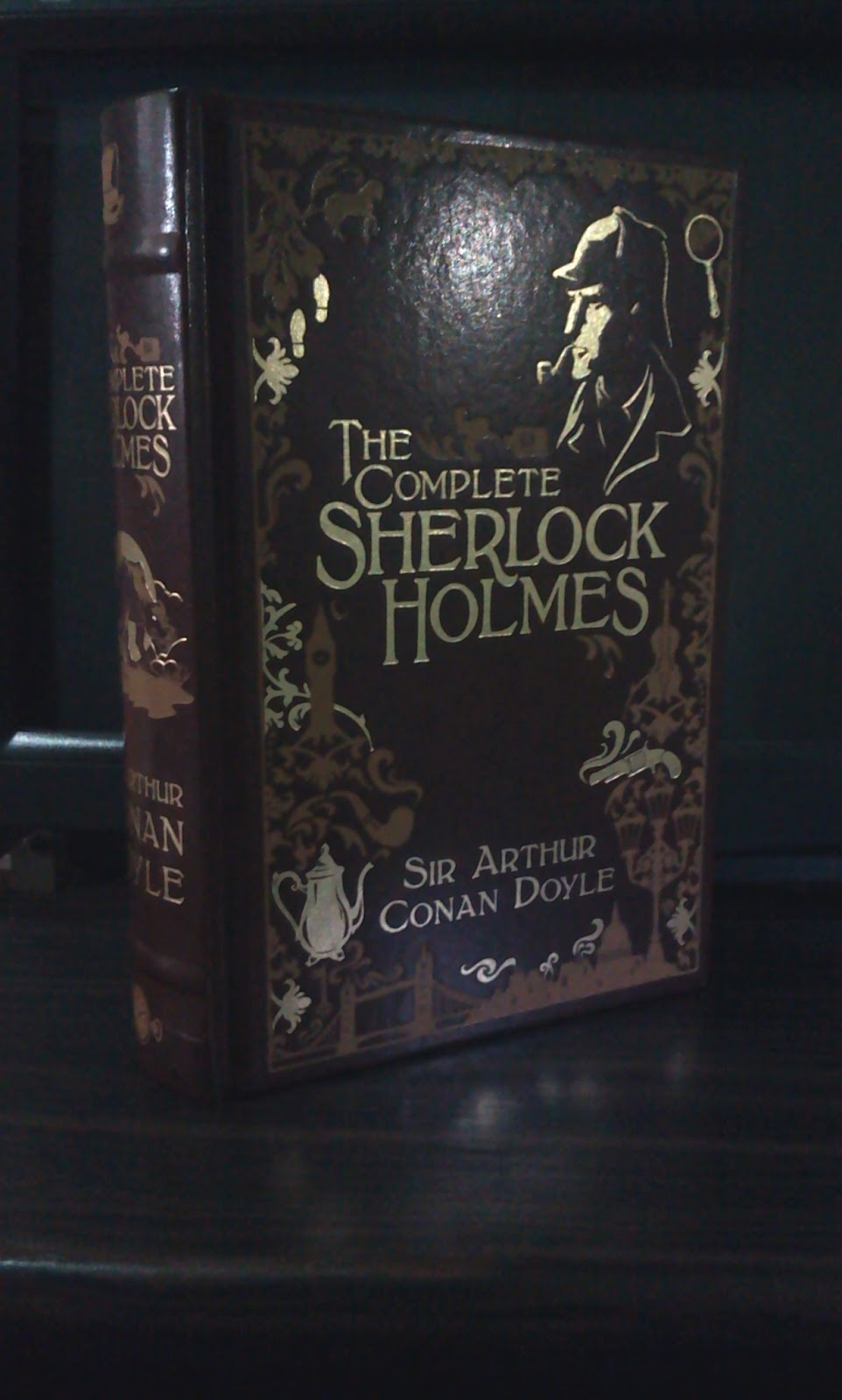book review the complete sherlock holmes a study in