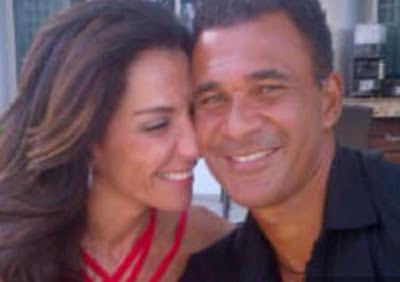 Ruud Gullit met zijn mooie vriendin Margaritha Jimenez