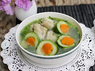 Cucumber Soup with Pork Chop - Canh Dưa Leo Sườn Non