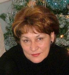 Ros - Senior Designer