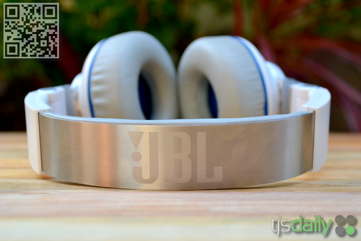 JBL Synchros S300i Review