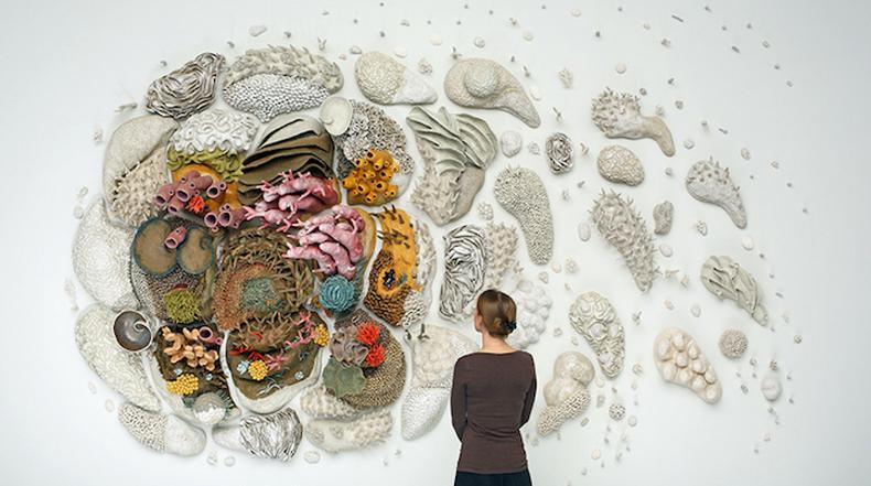 Enorme escultura de arrecife de coral crea conciencia sobre la conservación