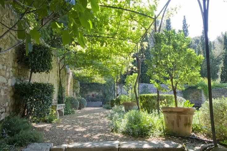 Tuindesign dominique lafourcade tuinontwerpster van for Jardin clos