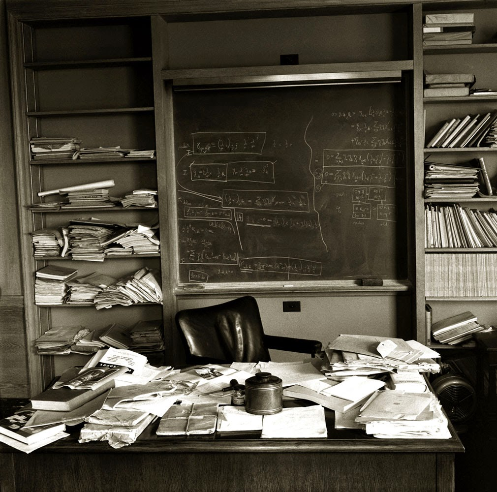 Ultimate Collection Of Rare Historical Photos. A Big Piece Of History (200 Pictures) - Einstein's office