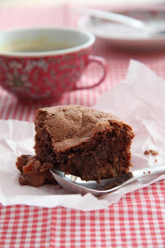 Brownies ze śliwkami