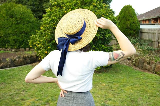 Vintage bow hat