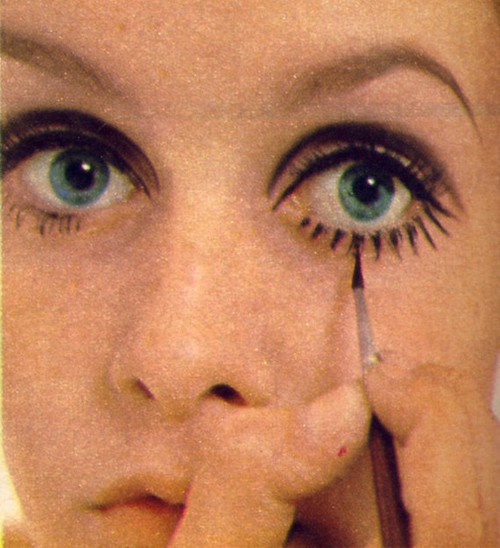 MUA! Make Up University: Gettin' TWIGGY With It: Twiggy ...