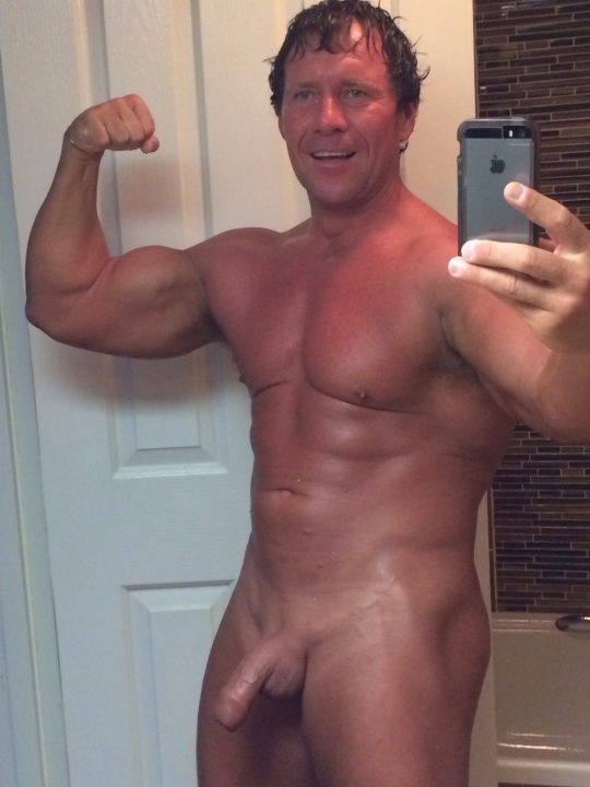 daddy naked muscle