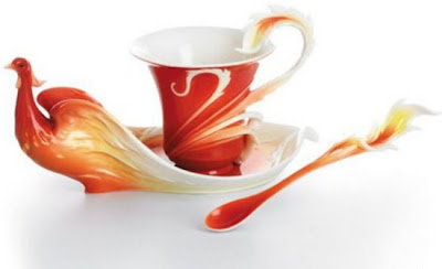 فناجين قهوة باشكال رائعة  Tea-cup-and-saucer-designs-14