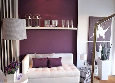 sala color violeta relajante