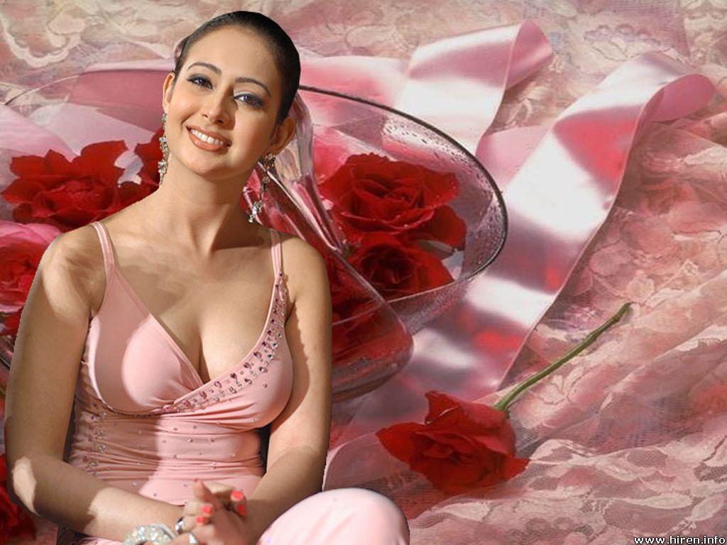http://4.bp.blogspot.com/-PvTETMTiFOE/TmL_18RYTzI/AAAAAAAABE8/fCZXwzoKCRE/s1600/preeti-jhangiani-pantyless.jpg