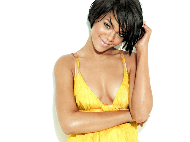 rihanna twitter picture