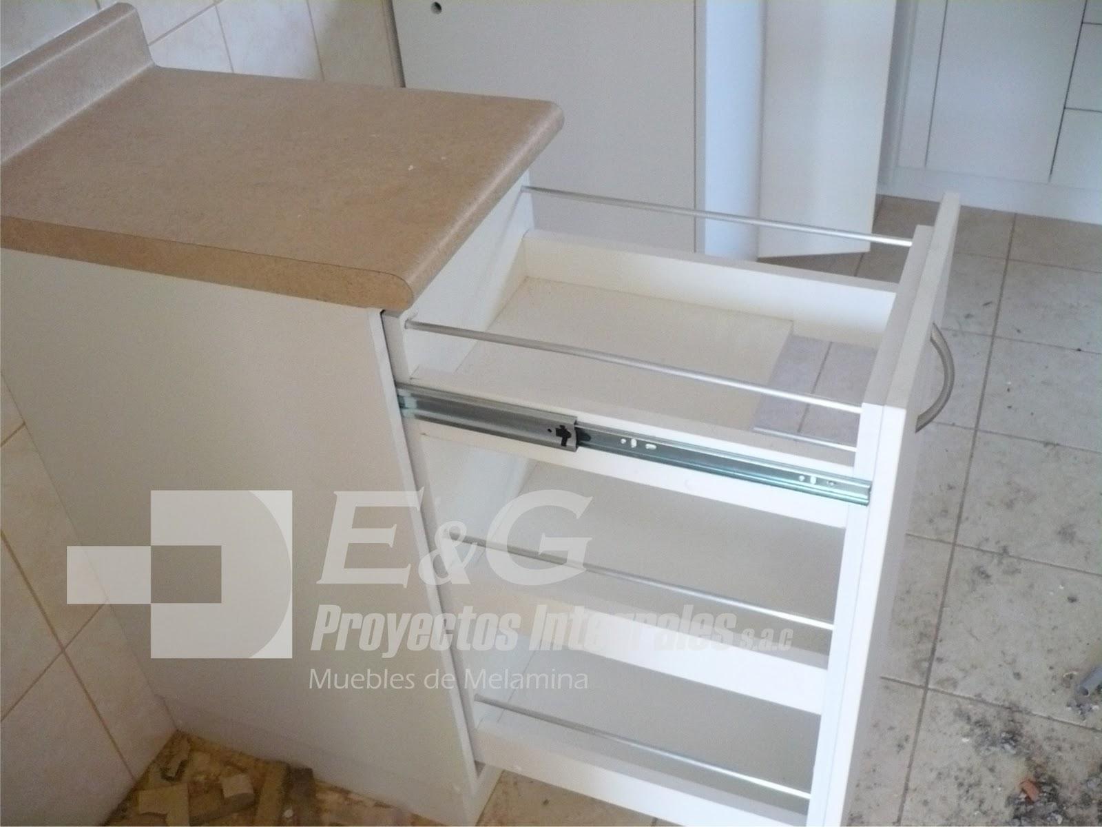 E y g proyectos integrales muebles en melamina aluminio - Puertas de melamina ...