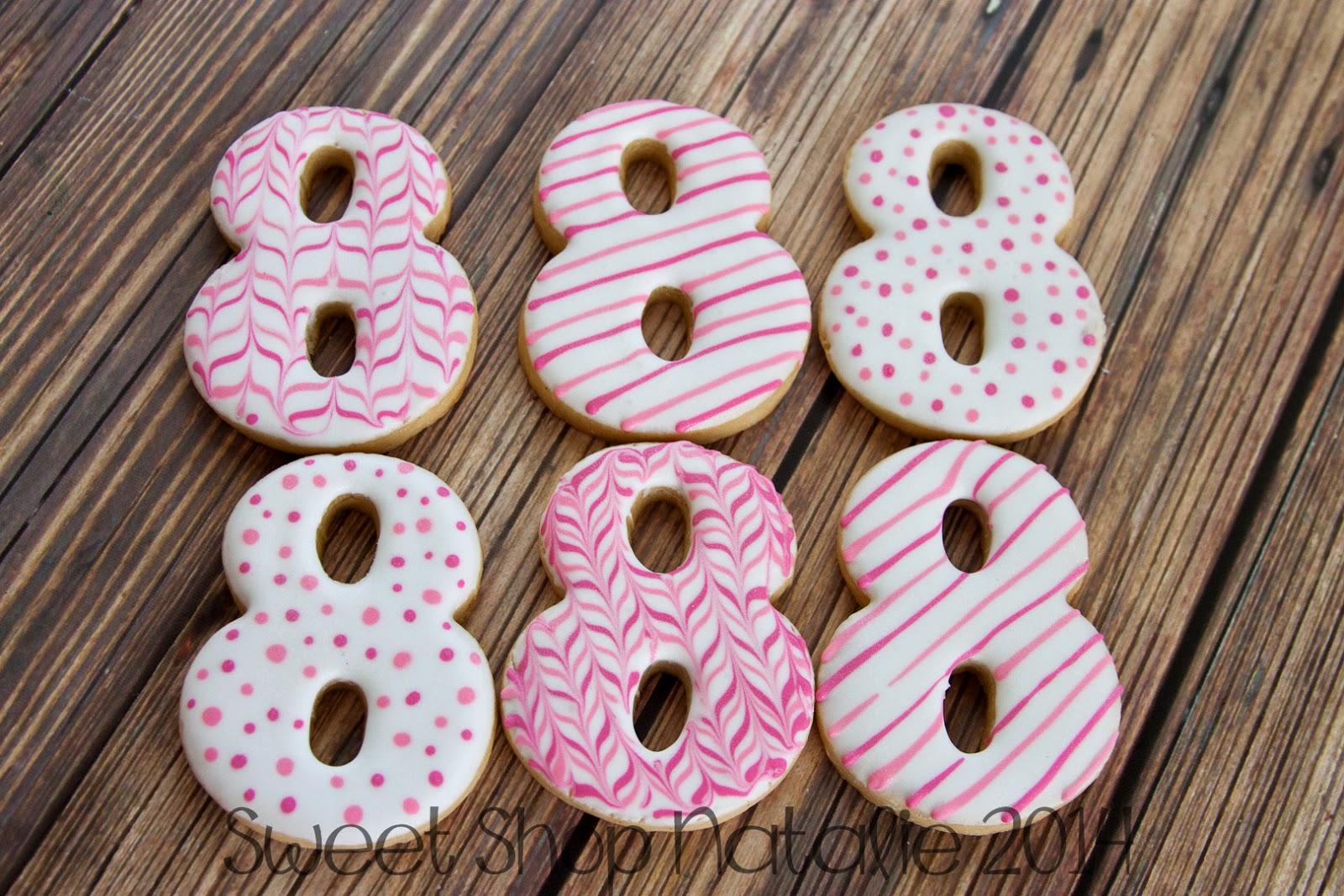 8 cookies