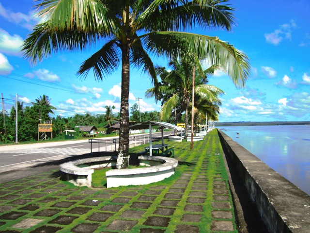 Bislig baywalk, baywalk bislig, bislig attractions, bislig tours, bislig tourist spots