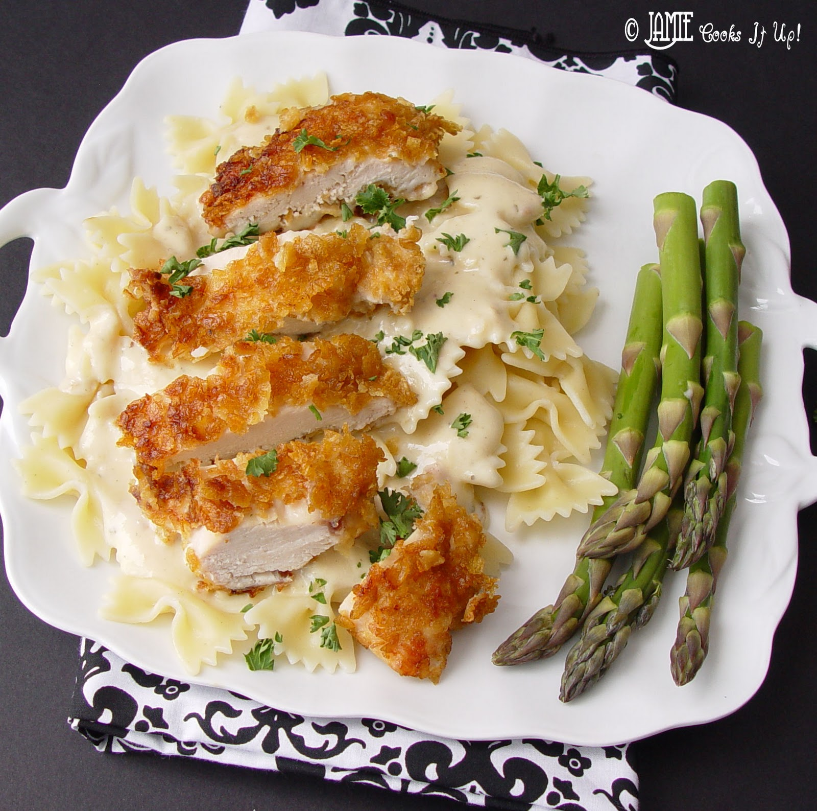 Crispy Chicken with Italian Sauce and Bowtie Pasta