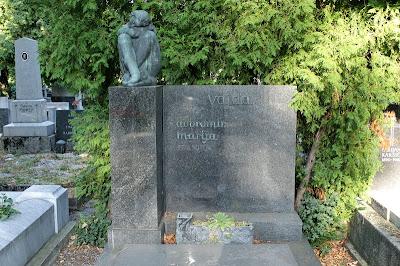 Spomenik obitelji Vajda - Antun Augustinčić