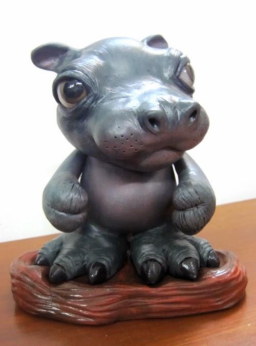 02-Baby-Hippo-Deanna-Molinaro-aka-Chickenshoot-Odd-Clay-Sculptures-www-designstack-co