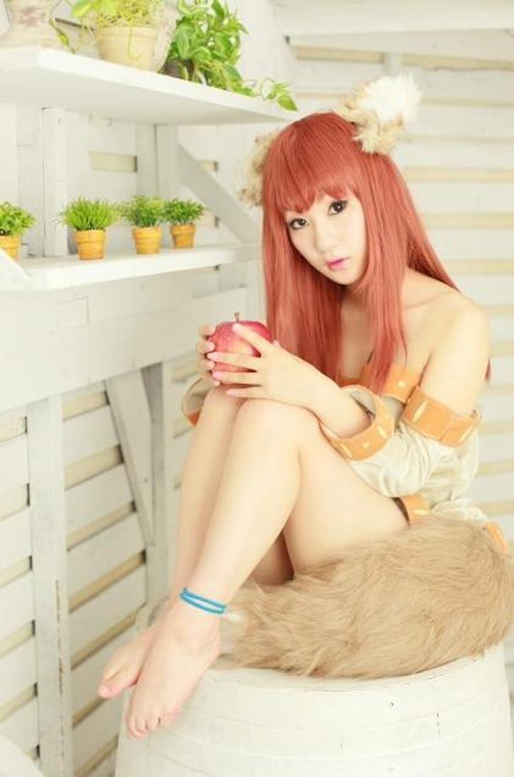 Spice And Wolf cosplay Spice-and-wolf-cosplay-photography-Holo-Photograph-6-by-Koyuki