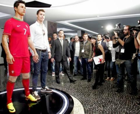 "Cristiano Ronaldo annonce l'ouverture du ""CR7 Store"" en Tunisie"