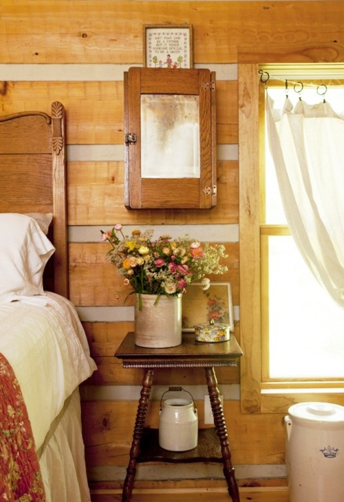 Fleachic flea market savvy for Cozy canadian cottage