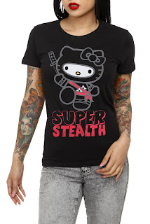 "Hello Kitty Black ninja ""Super Stealth"" T-Shirt"