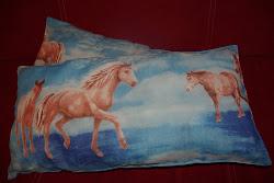 Poduszki w koniki