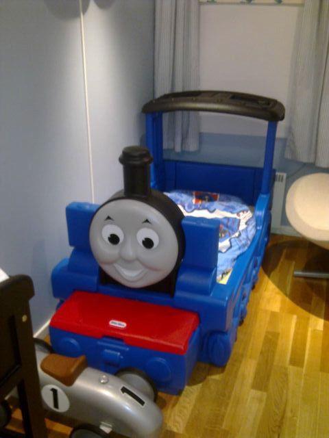 Thomas toget seng