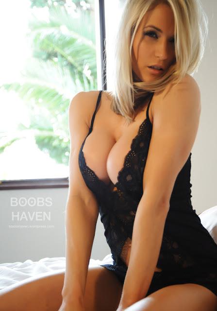hotest sexy pornbikini girl photo