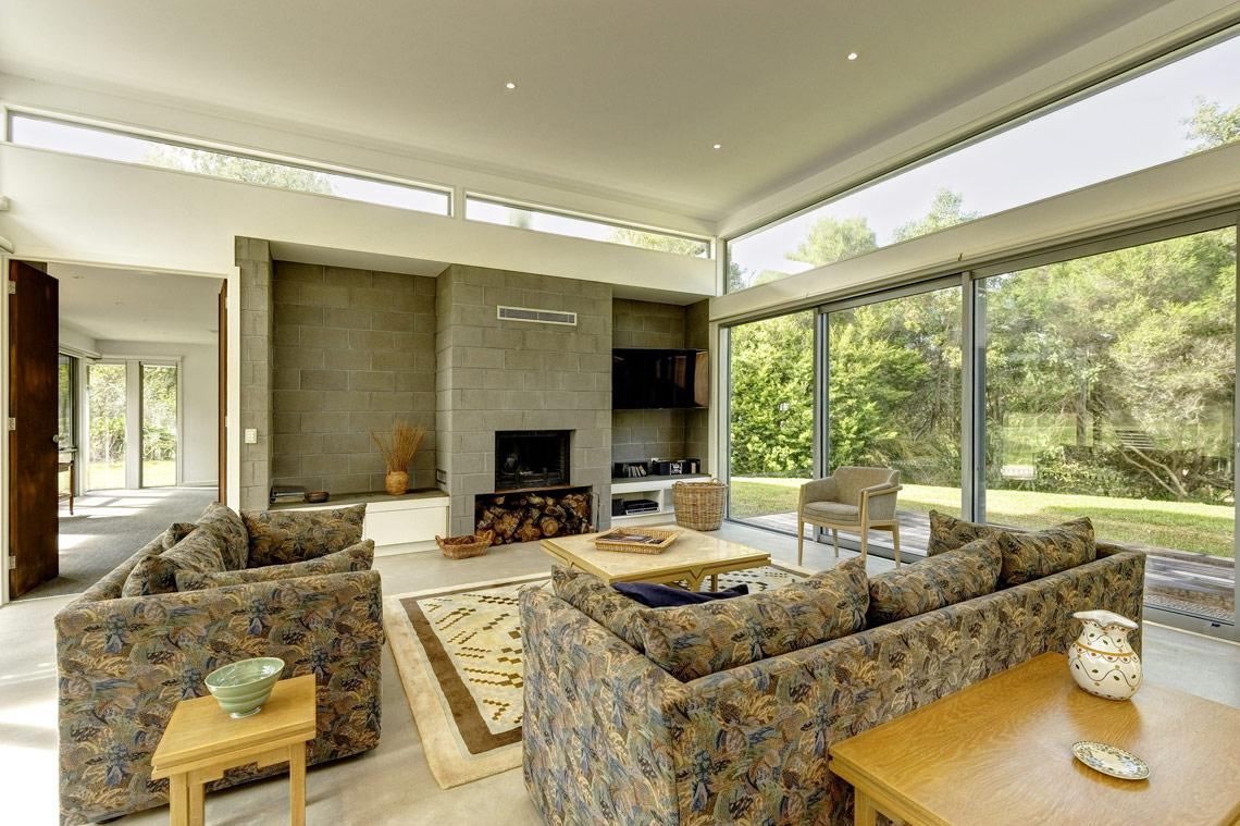 Fasham house envy besser blocks for Besser block home designs