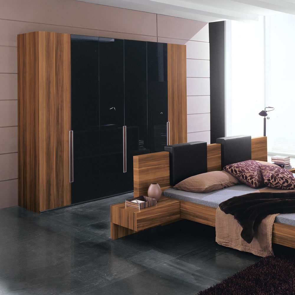 Bedroom wardrobe design interior decorating idea for Interior designs for bedrooms ideas