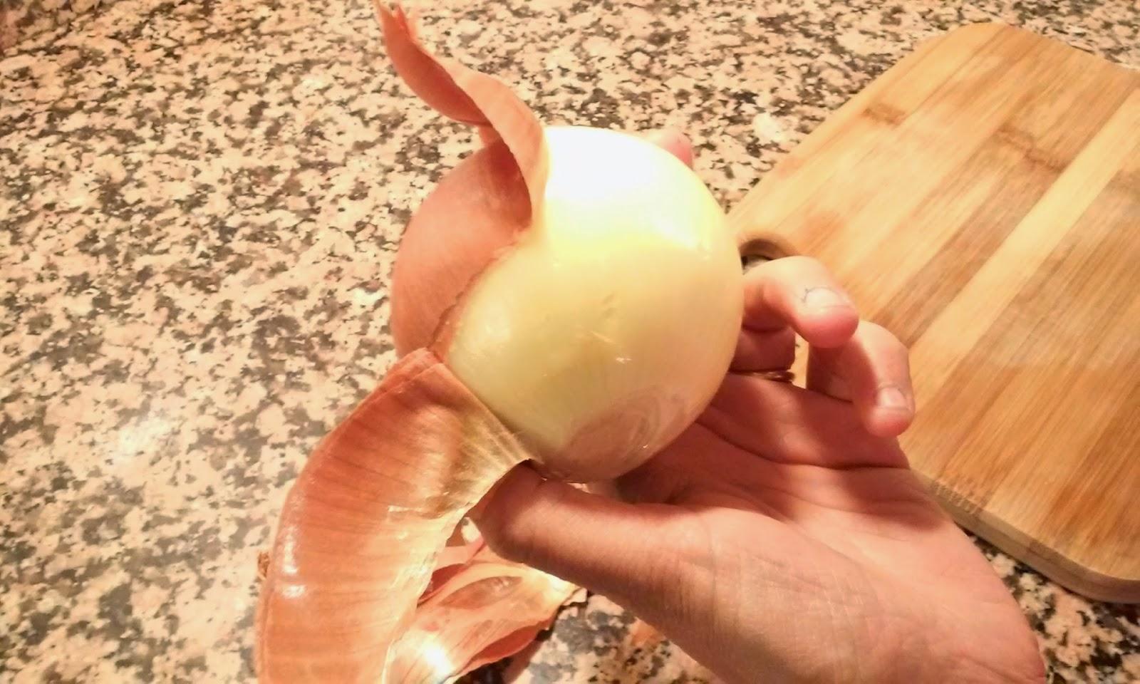 pelamos la cebolla